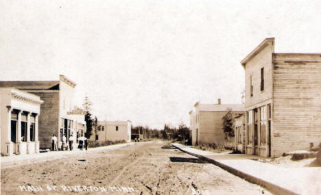 Main Street, Riverton Minnesota, 1910's?