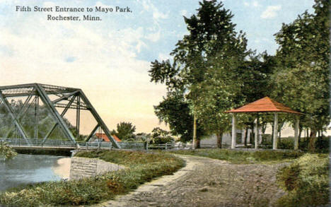 Fifth Street Entrance to Mayo Park, Rochester Minnesota, 1910's