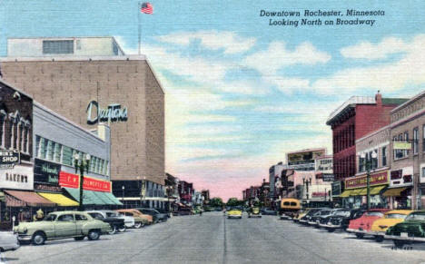 Looking north on Broadway, Rochester Minnesota, 1954
