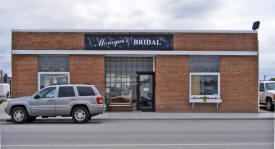Monique's Bridal, Roseau Minnesota