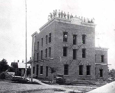 Construction of the Grant House, Rush City Minnesota, 1896