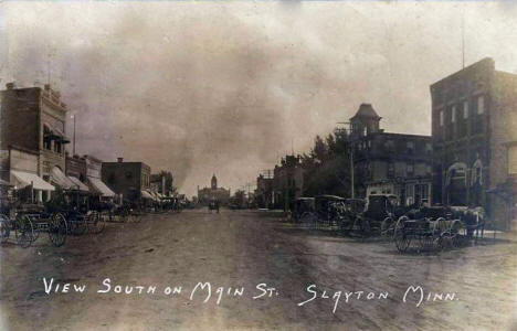 View South on Main Street, Slayton Minnesota, 1907