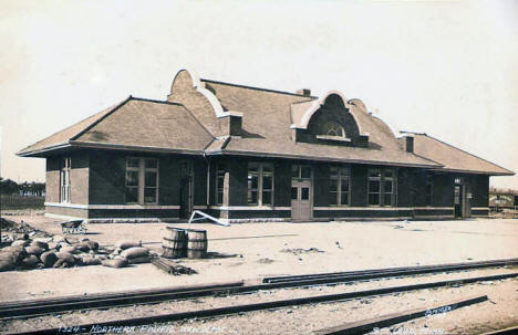 Northern Pacific Depot, St. Cloud Minnesota, 1910