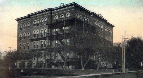 St. Raphael's Hospital, St. Cloud Minnesota, 1910's