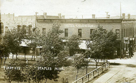 First Avenue and Hotel Columbia, Staples Minnesota, 1908