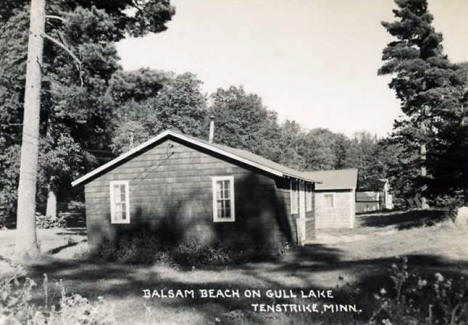 Balsam Beach Resort on Gull Lake, Tenstrike Minnesota, 1940's