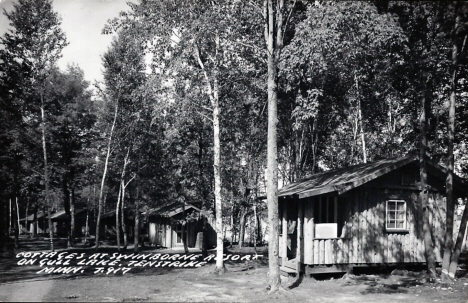 Cottages at Swinborne Resort on Gull Lake, Tenstrike Minnesota, 1940's