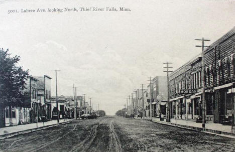 Labree Avenue looking north, Thief River Falls Minnesota, 1910's?