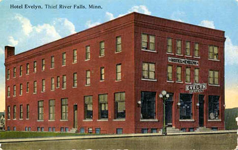 Hotel Evelyn Third Street Thief River Falls Minnesota 1910