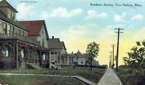 Street view, Two Harbors Minnesota, 1910