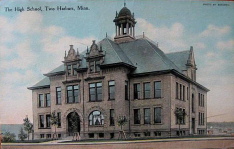 High School, Two Harbors Minnesota, 1916
