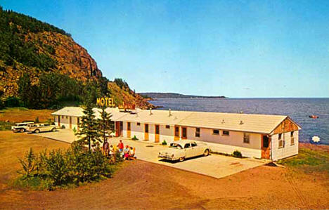 Bill's Mount Silver Motel and Cabins near Two Harbors Minnesota, 1958