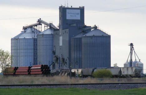 Northwest Grain elevators in Warren Minnesota, 2008