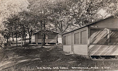 Oak Knoll Cabins, Waterville Minnesota, 1924