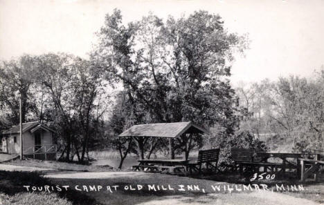 Tourist Camp at Old Mill Inn, Willmar Minnesota, 1937