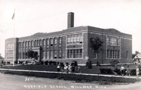Garfield School, Willmar Minnesota, 1944