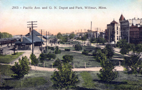 Pacific Avenue and Great Northern Depot and Park, Willmar Minnesota, 1909