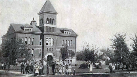 High School, Windom Minnesota, 1906