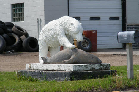 Sculpture in front of Sioux Oil, Winger Minnesota, 2008