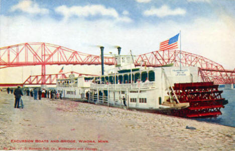 Excursion Boats and Bridge, Winona Minnesota, 1908