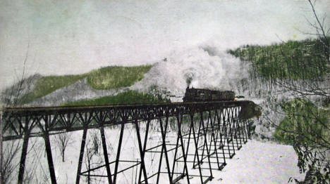 Trestle over Bear Creek, Winona Minnesota, 1907