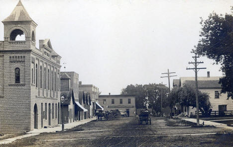 Street scene, Winsted Minnesota, 1913
