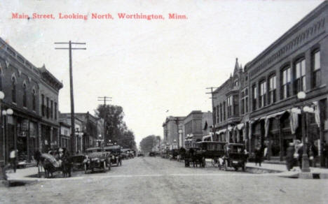 Main Street looking north, Worthington Minnesota, 1916