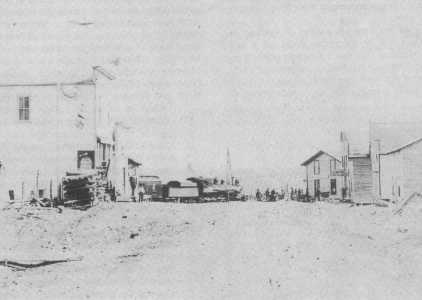 watara Main Street, 1917  -  Building on the left is Heath Brothers Store & Swatara Post Office  -