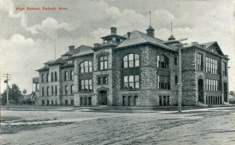 High School, Detroit Lakes Minnesota, 1913