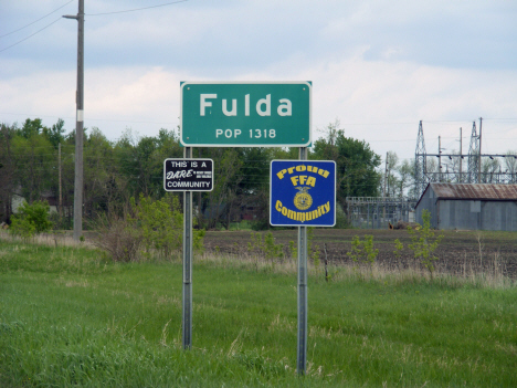 Population sign, Fulda Minnesota, 2014