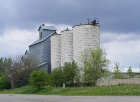 Elevator and silos, Fulda Minnesota, 2014