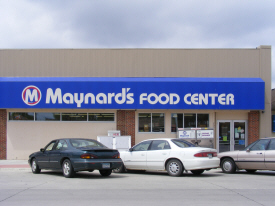 Maynard's Food Center, Lakefield Minnesota