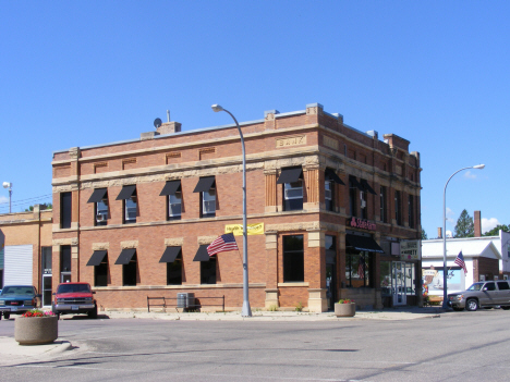 Former bank building, Mapleton Minnesota, 2014