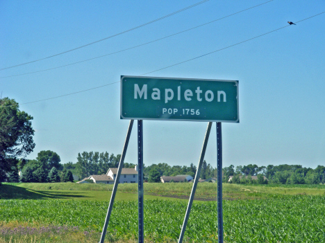 Population sign, Mapleton Minnesota, 2014