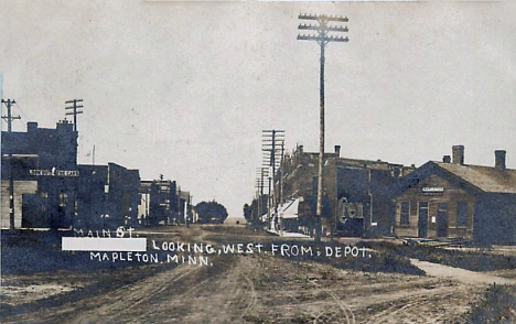 Main Street looking west from the Depot, Mapleton Minnesota, 1909