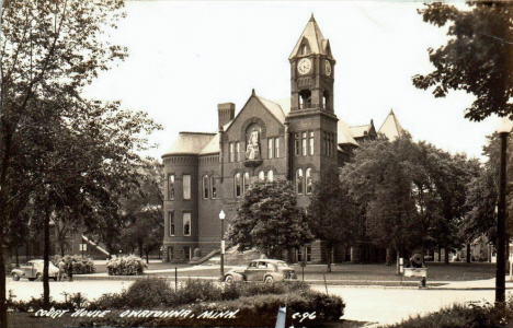 Court House, Owatonna Minnesota, 1945