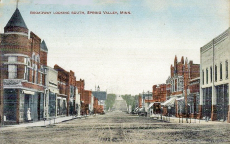 Broadway looking south, Spring Valley Minnesota, 1908