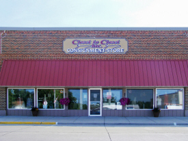 Closet To Closet Consignment Store, Adrian Minnesota