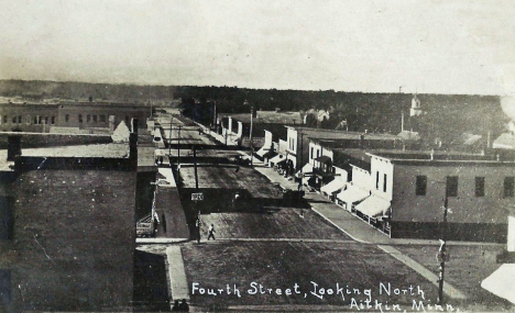 Fourth Street looking north, Aitkin Minnesota, 1914