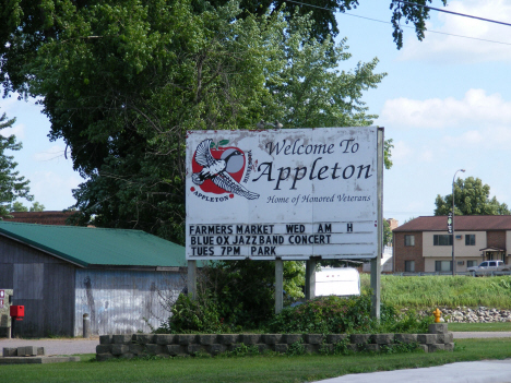 Welcome sign, Appleton Minnesota, 2014