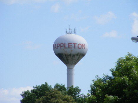 Water tower, Appleton Minnesota, 2014