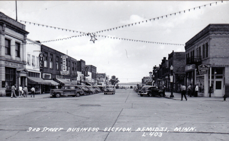 3rd Street Business Section, Bemidji Minnesota, 1940's