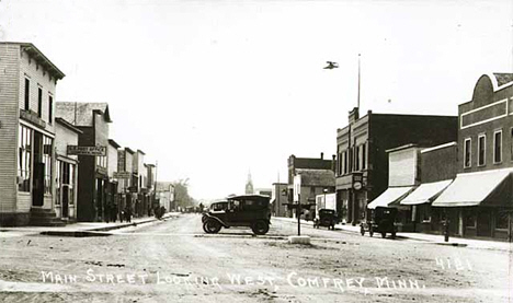 Main Street looking west, Comfrey Minnesota, 1924