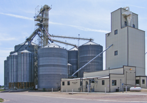Grain elevators, Comfrey Minnesota, 2014