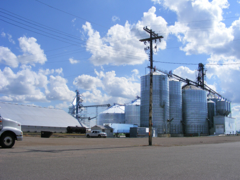 Grain elevators, Holloway Minnesota, 2014