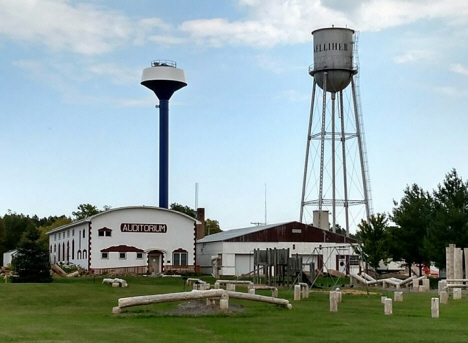 Old and new Water Towers, Kelliher Minnesota, September 2017
