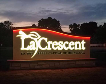 Welcome to La Crescent Minnesota!