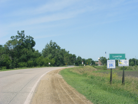 City limits and population sign, Luverne Minnesota, 2014