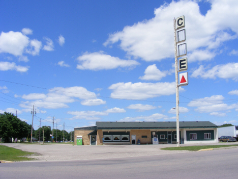 Cafe on Old Highway 60, Madelia Minnesota, 2014