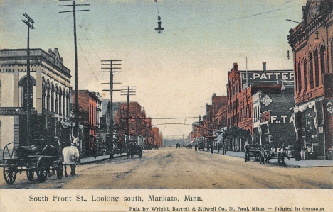 South Front Street looking south, Mankato Minnesota, 1908